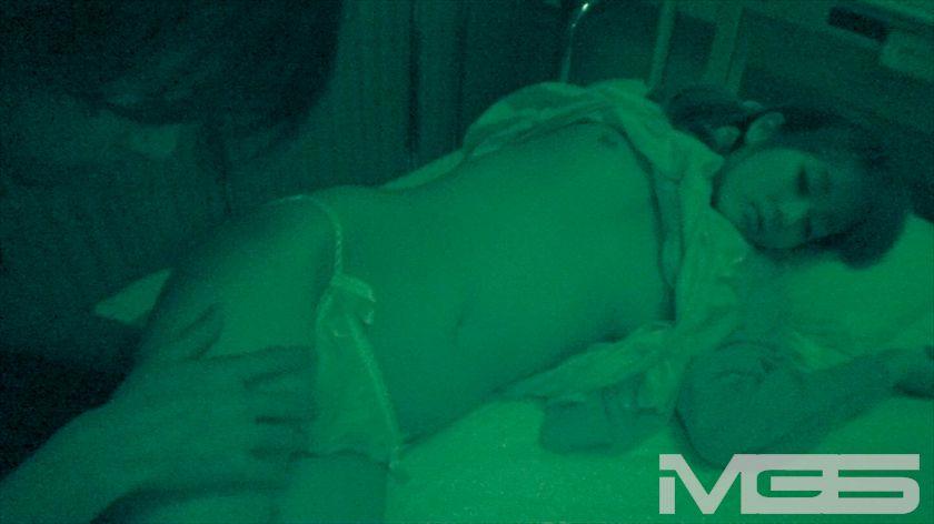 入院中のお姉さんを夜這いしたら… の画像12