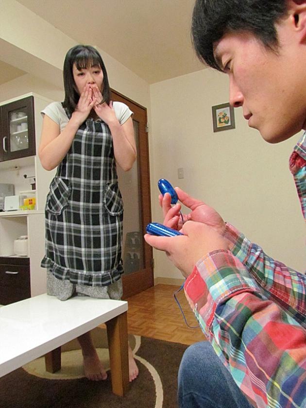父が出かけた隙に息子にイカされる義母 藤木静子 若月美和 由紀なつ碧 の画像8