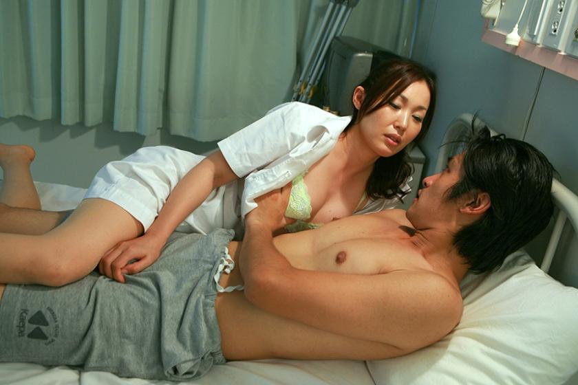 ヤラせてくれるという噂の美人看護師がいる病院に入院してみた総集編 4時間SP 倉持えれな 片瀬みその 水樹あやか 仲間直緒 冬木舞 の画像3