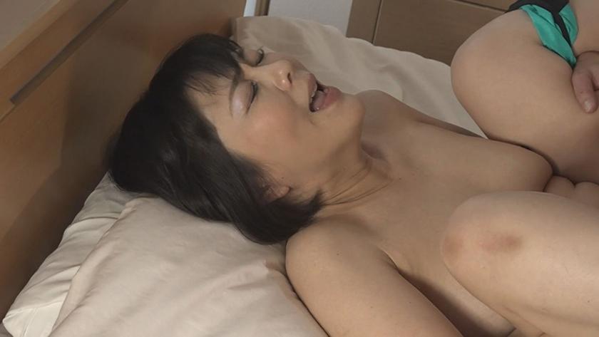 五十路・六十路熟女10人のねっとり性交 (4)~いやらしすぎる腰使いがたまんねぇ~!2