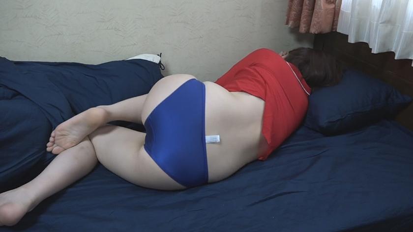 爆睡している女のおま●こをこっそりいじる9連発! (4)3