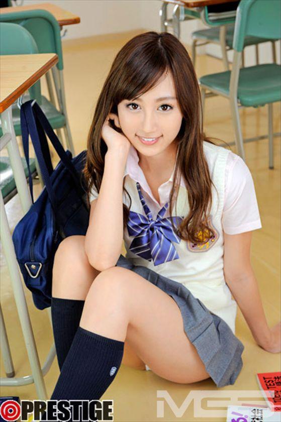 ENJOY HI-SCHOOL 03 【MGSだけの特典映像付】 +15分