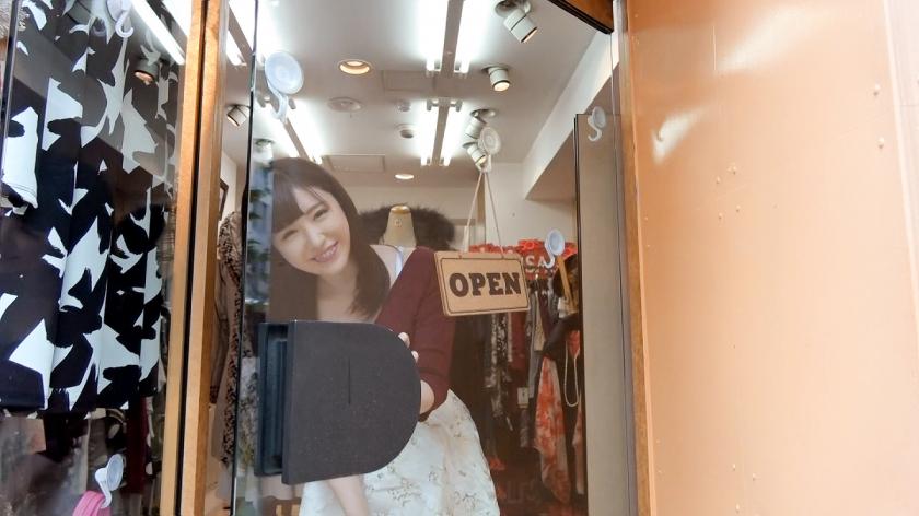 100%完全ガチ交渉!噂の素人激カワ看板娘×PRESTIGE  PREMIUM 01-エロ画像-4枚目