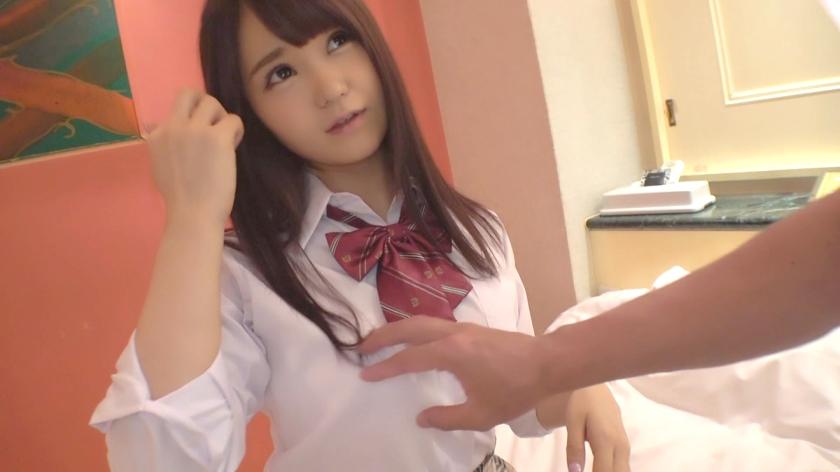 『じゃあゴム着けるね…♡』変態彼氏に強制された美女の制服コスプレSEXが超エロい!!