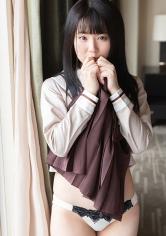 仲沢ももか - ももか(20) S-Cute パンツに染みを作るのが得意な制服娘とH