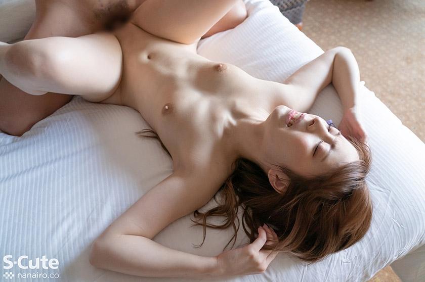 みなみ(21)  S-Cute 色白美尻なパイパン娘とSEX5