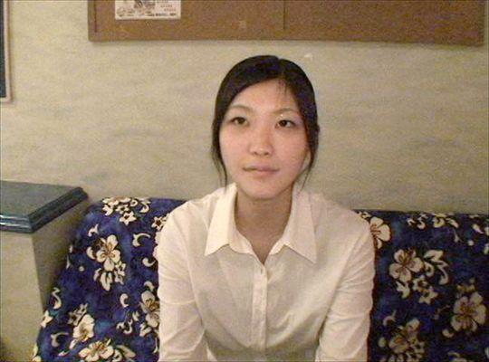 SIRO-011 はるか 24才 カフェ店員