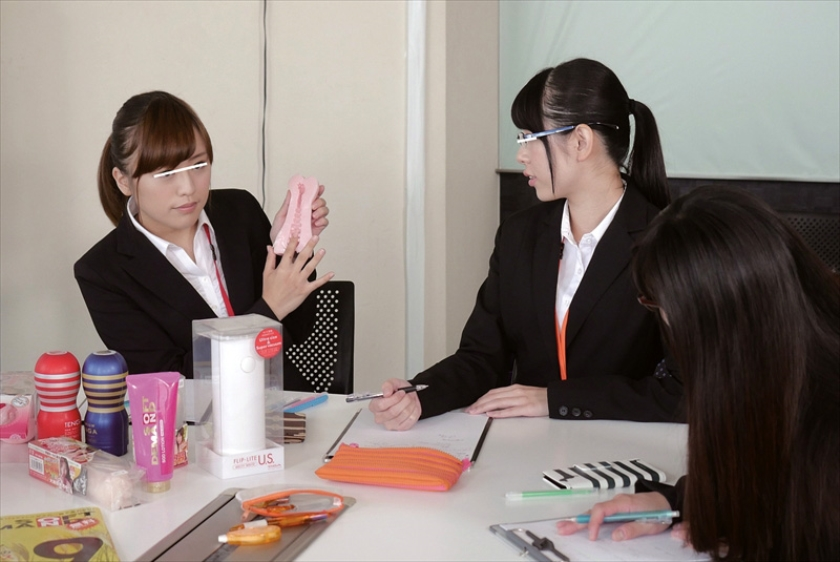SOD女子社員 オナホール開発プロジェクト 第4弾 業務に情熱注ぐ社員5名に生チ○ポ連続挿入で形状・特徴・オマ○コの個性を徹底解析!