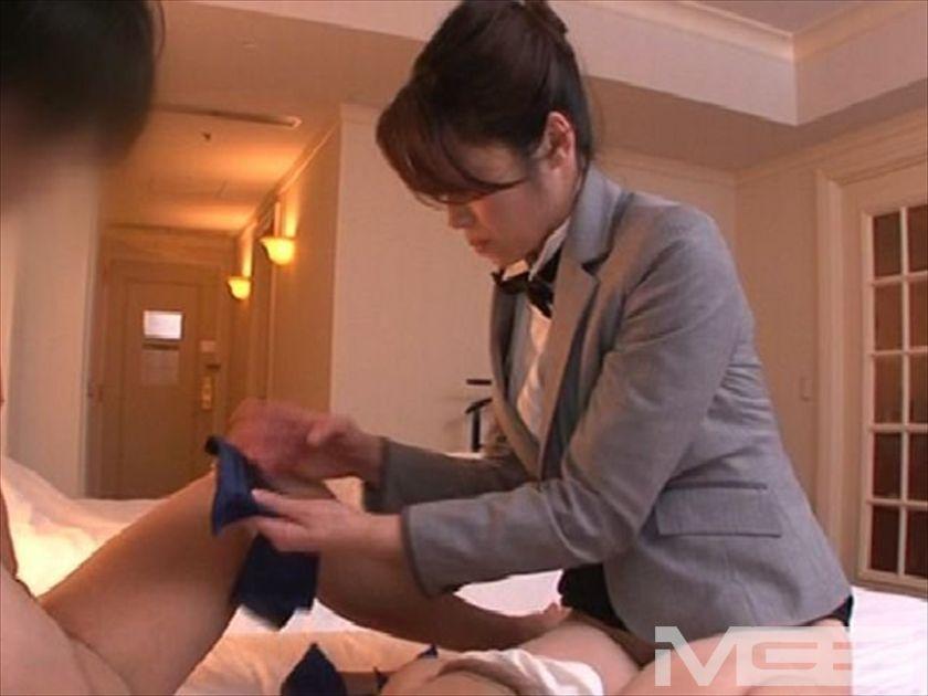 めざましフェラサービスのある、五ツ星ホテルで働く北条麻妃さん の画像1