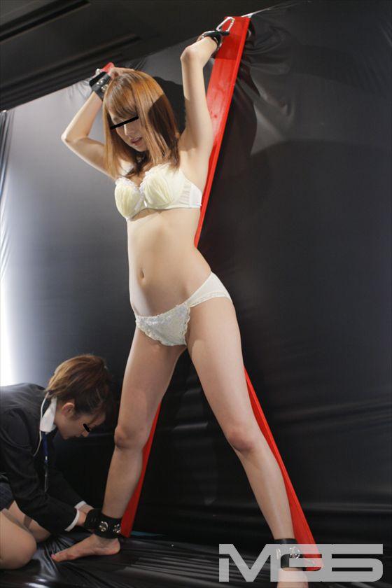 DVDショップの超純情女子社員が人生一度きりの(恥)AV現場研修! の画像6