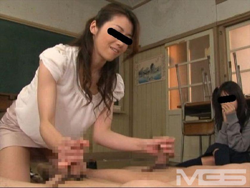 卒業生で一番の有名人AV女優北条麻妃が母校の教壇に立つ の画像3