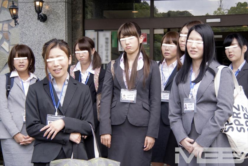 2014年SOD女子社員 居残り残業!?ユーザー様からの個人指導で実は こっちの方がもっとHだった水泳大会 の画像13