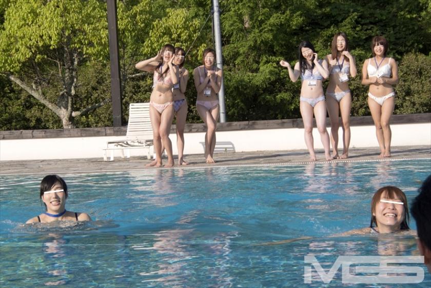 2014年SOD女子社員 居残り残業!?ユーザー様からの個人指導で実は こっちの方がもっとHだった水泳大会 の画像9