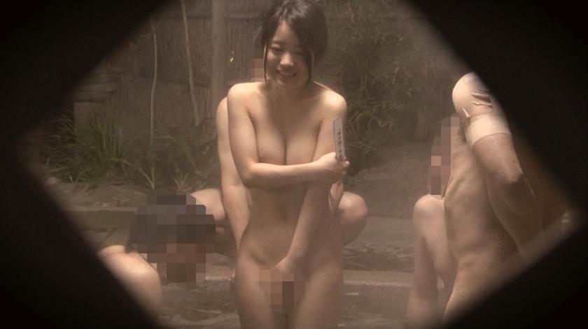 石和温泉で見つけた卒業旅行中の美巨乳女子学生のお嬢さん タオル一枚 男湯入ってみませんか?+過激すぎて未公開だった(秘)映像を一挙大公開 40回記念 12名 8時間SP の画像9