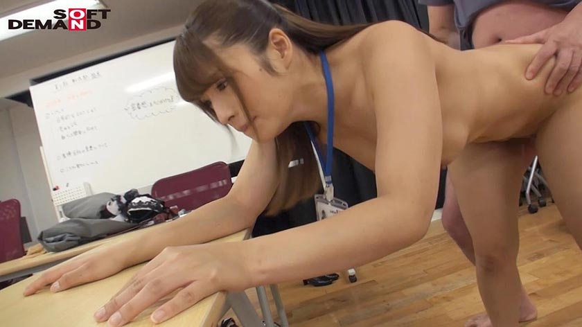 SOD女子社員 野球拳 会議の準備をする女子社員に突撃! 制作部 中山秋穂9