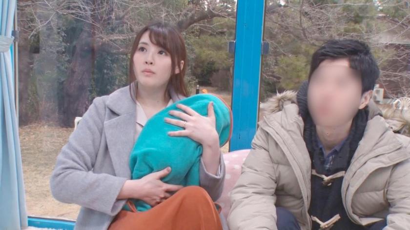 えみ(22) 人妻 マジックミラー号 真正中出し!きれいな若妻がすぐ側に旦那さんがいるのに・・・