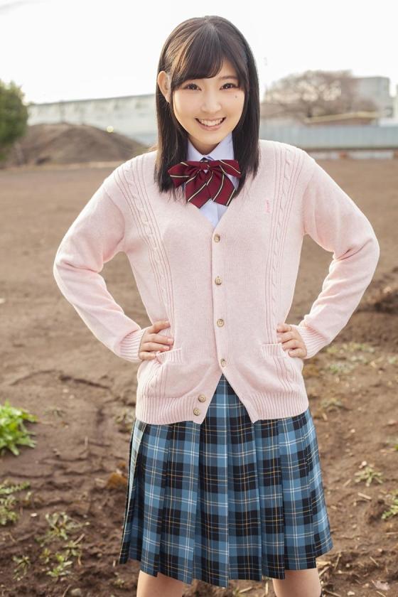 さとこ(18)女子◯生 マジックミラー号 初めてのおちんちん研究!かわいいお顔にぶっかけ! の画像17
