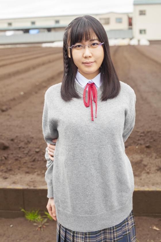 かな(18)女子◯生 マジックミラー号 初めてのおちんちん研究!かわいいお顔にぶっかけ! の画像16