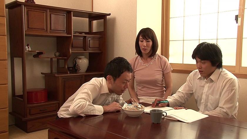 あの時のセフレは...友達の母親 澤村レイコ の画像10