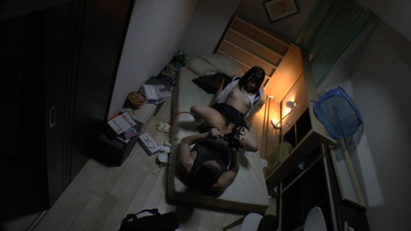 部屋の片隅で女子校生飼育 佐々波綾 の画像9
