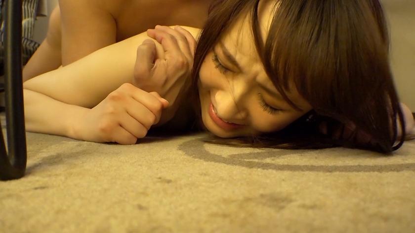 しょう(21) S-Cute With 階段でソファーで床で美体火照るハメ撮りH3