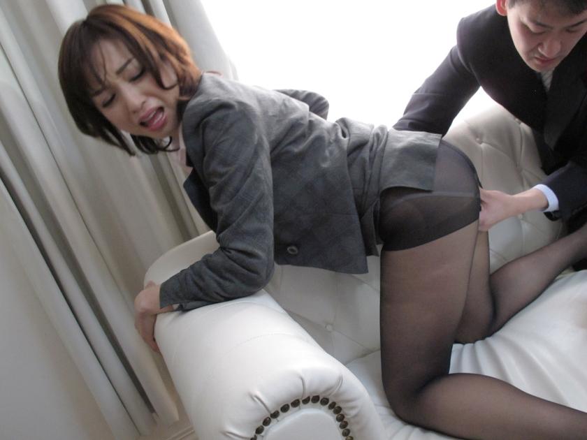 働く人妻・熟女ナンパ!~色気ムンムン美熟女が浮気セックスに興奮して乱れまくる! 4時間10人3